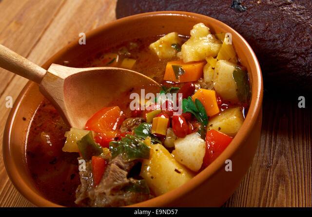 Paprika eintopf stock photos paprika eintopf stock for Authentic german cuisine