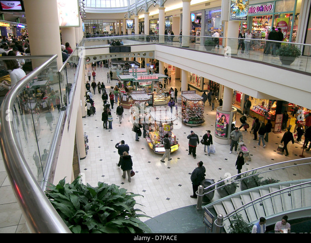 Stores Mall Crowd Usa Stock Photos Stores Mall Crowd Usa Stock Images Alamy