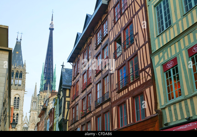 Gros horloge street half timbered stock photos gros for Haute normandie rouen