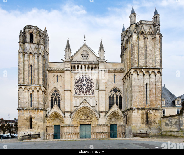 Poitiers stock photos poitiers stock images alamy for Vienne poitiers