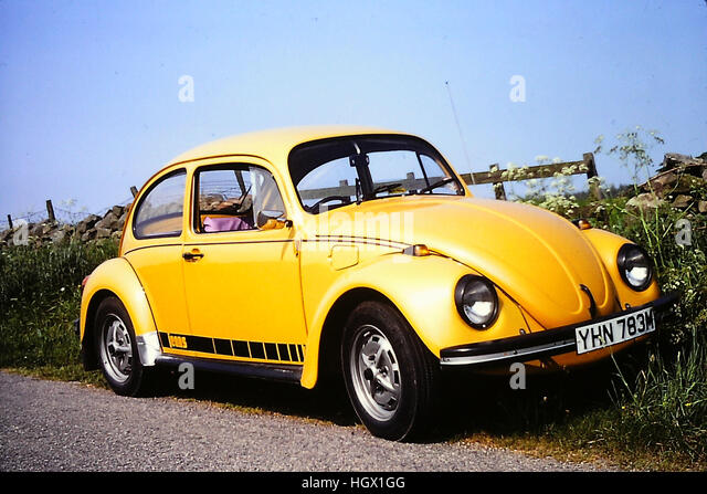 volkswagen beetle yellow stock photos volkswagen beetle yellow stock images alamy. Black Bedroom Furniture Sets. Home Design Ideas