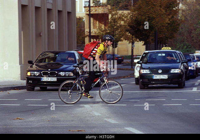 Bicycle Couriers Stock Photos Bicycle Couriers Stock Images Alamy