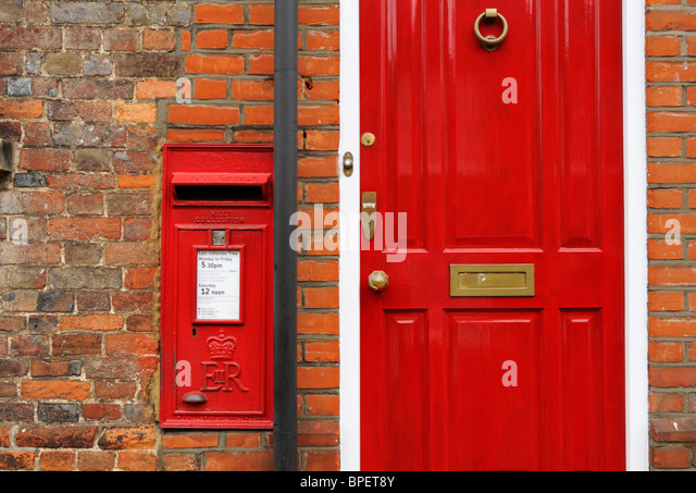 A red letter box in the wall of 76 Fishpool Street St Albans UK & Letterbox And Front Door And Closeup Stock Photos u0026 Letterbox And ... pezcame.com