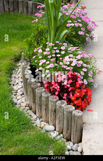 how to build a flower bed border