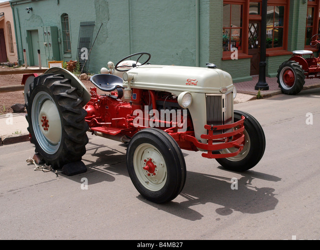 Ford Classic Tractors : Ford vintage tractors autos we