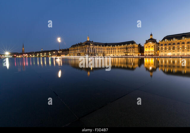 Miroir d 39 eau stock photos miroir d 39 eau stock images for Reflection bain miroir
