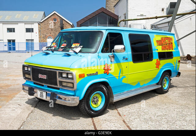 scooby doo mystery machine images
