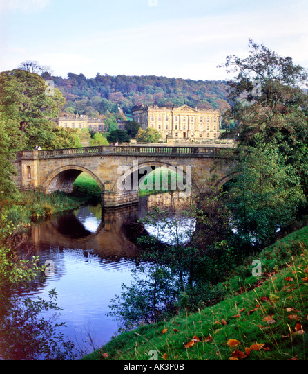 Chatsworth 3 Piece Traditional White Suite: Chatsworth Stock Photos & Chatsworth Stock Images