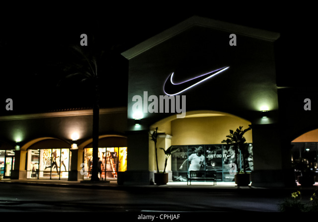 Henry Caceres reviewed Nike Factory Store — 5 star. September 17, · Really Luv coming here because they always have Great Shoes & sports wear! Nike gear is the best! Luv it! Camarillo Premium Outlets. Shopping Mall/5().
