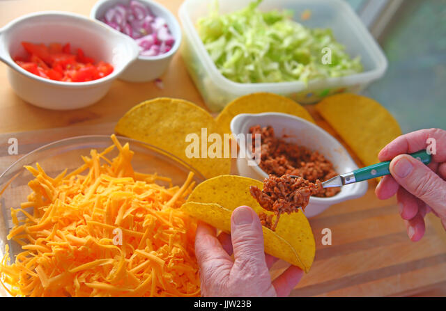 how to make beef tacos at home