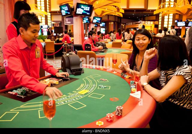 Singapore casino sentosa poker casino royale st maarten poker