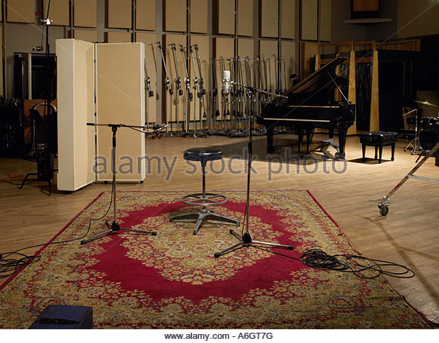 Floor rugs stock photos floor rugs stock images alamy for Recording studio flooring
