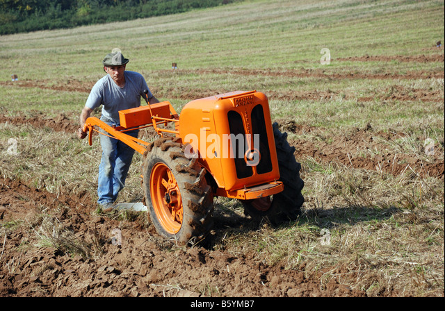 Antique Two Wheel Tractor : Anzani stock photos images alamy