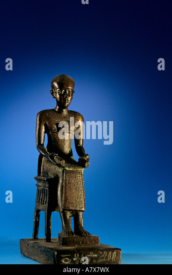Imhotep statue stock photos imhotep statue stock images for Imhotep architecte