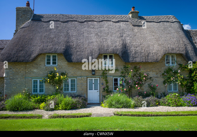 Quaint Traditional Thatched Cottage In Minster Lovell The Cotswolds Oxfordshire UK