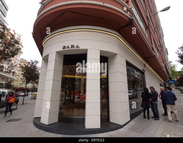 Zara storefront stock photos zara storefront stock - Zara home coruna ...