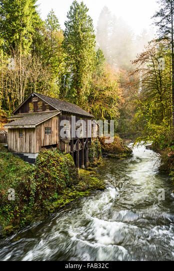Grist mill stock photos grist mill stock images alamy for The cedar mill