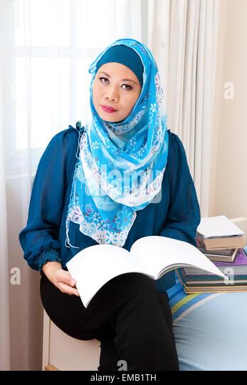 Fort ogden single muslim girls