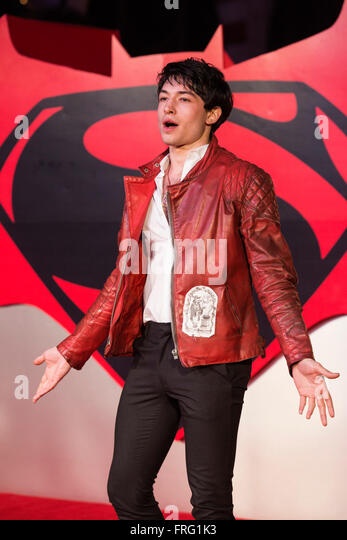 Ezra Miller Is The Flash Page 10 The Superherohype Forums