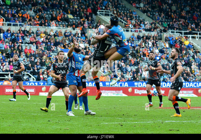 Super League Rugby, Magic Weekend at St James Park Stadium in Newcastle,:Castleford Tigers win Leeds Rhinos 29-18 - Stock Image