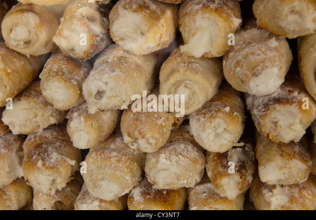 Cookie shop stock photos cookie shop stock images alamy for Ada salon de provence