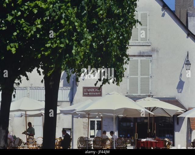 French brasserie restaurant stock photos french for Restaurant miroir montmartre