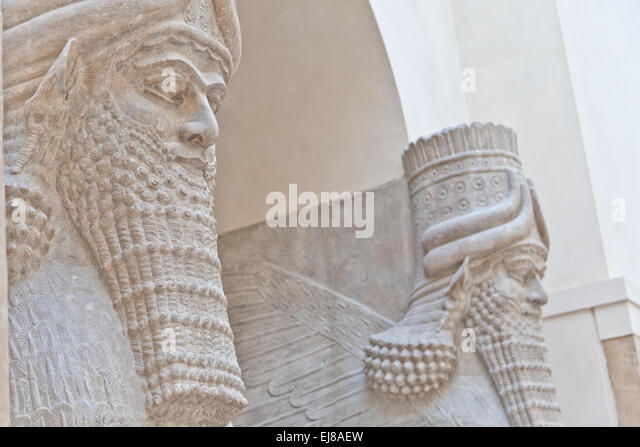 Ancient Mesopotamian Art And Architecture sumerian art stock photos & sumerian art stock images - alamy
