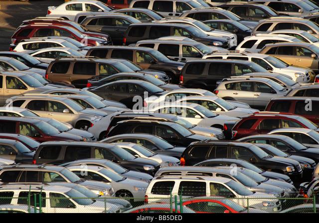Many Cars Stock Photos Amp Many Cars Stock Images Alamy