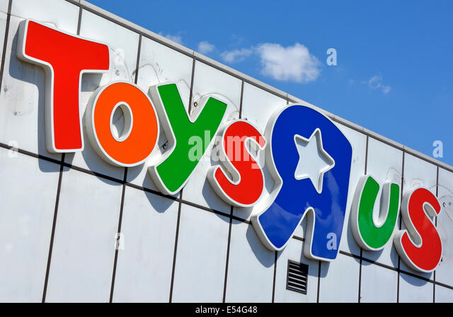 Toys R Us Sign : Toys r us uk stock photos images alamy