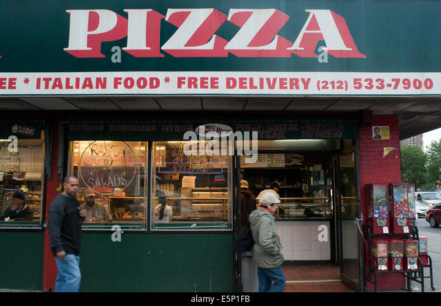 Eating Pizza Restaurant Usa Stock Photos Amp Eating Pizza