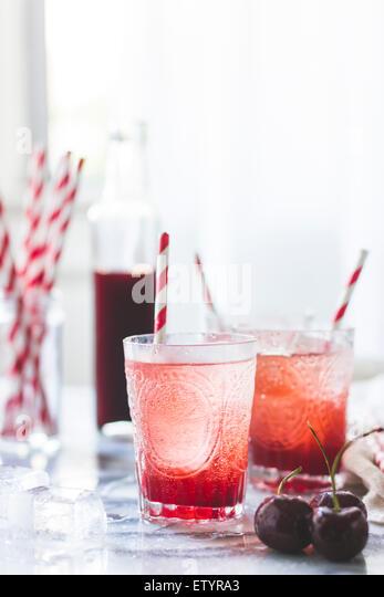 how to drink mandarin liqueur
