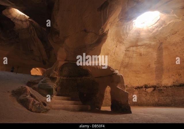 Man Cave Bet Wiki : Bet guvrin stock photos images alamy
