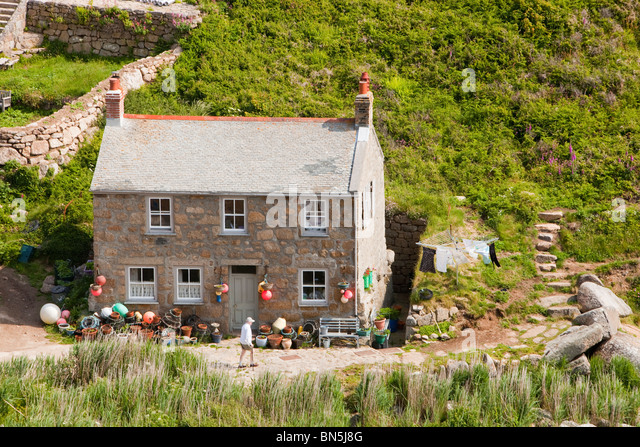 Penberth, a tiny Cornish fishing village near Porthcurno, Cornwall, UK ...