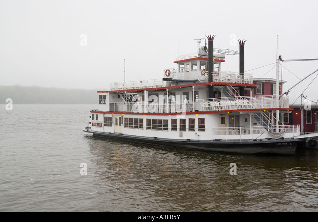 Hannibal Missouri River Boat Stock Photos Amp Hannibal