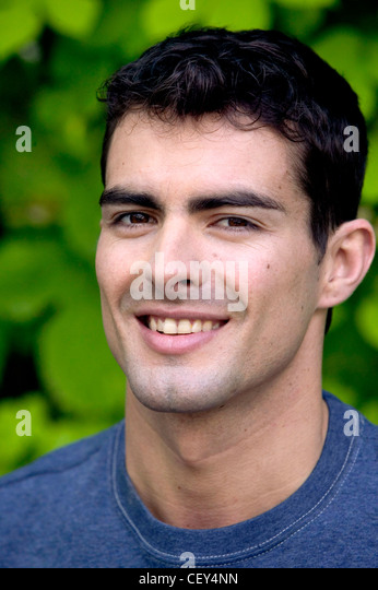 how to lose dark hair under chin