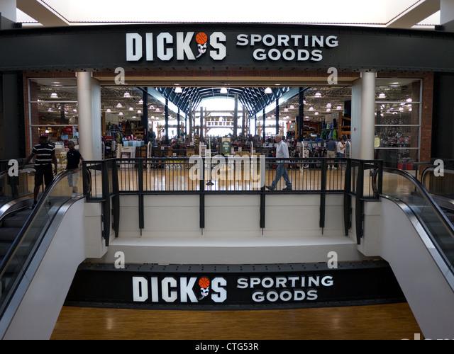 dicks mills mall