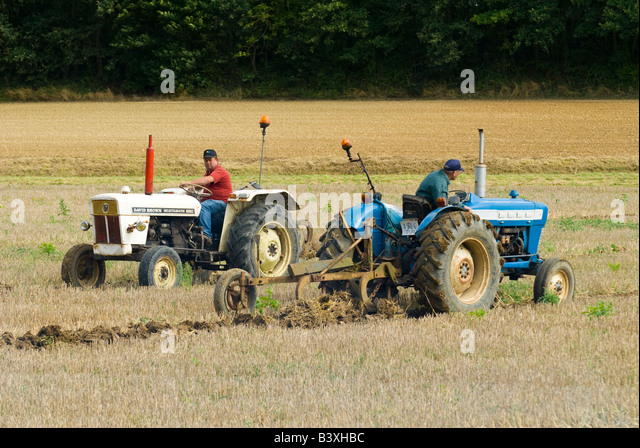 880 Ford Tractors : David brown stock photos