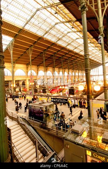 Gare du nord stock photos gare du nord stock images alamy for Gare du nord paris