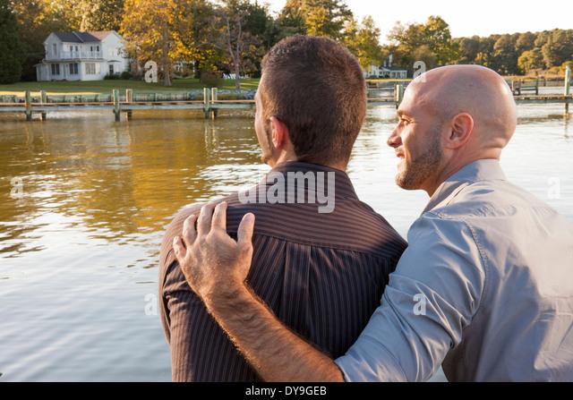 Big gay guy dating