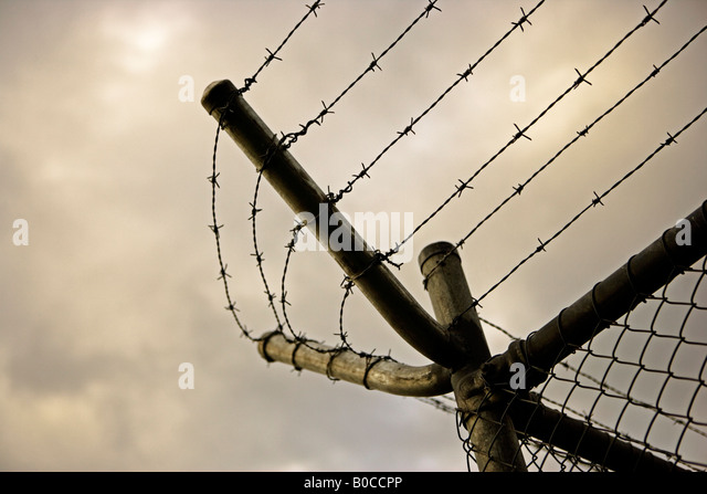 Top Of Security Fence Stock Photos & Top Of Security Fence ...
