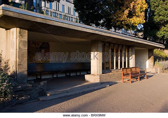 Public Seating Area Waverley Gardens Edinburgh Scotland Uk Europe Stock Image