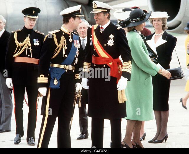 ¿Cuánto mide el Príncipe Carlos? / Prince Charles - Altura - Real height Royalty-prince-of-wales-and-king-juan-carlos-g4ex2a