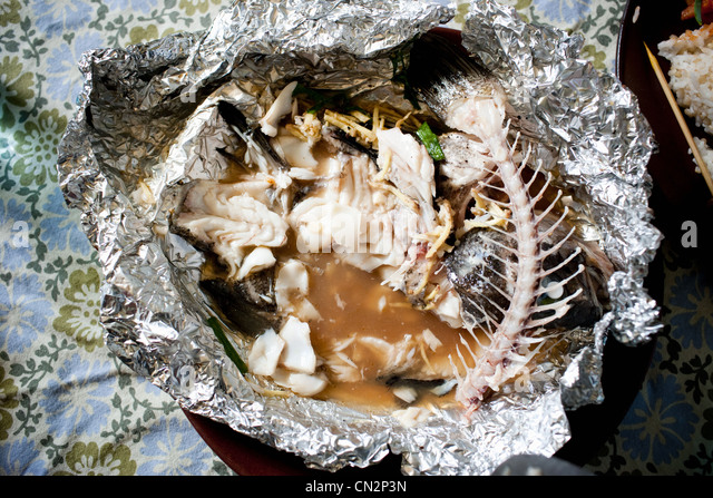 Fish skeleton stock photos fish skeleton stock images for Tin foil fish