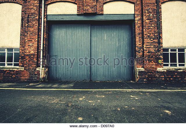 warehouse doors & Warehouse Doors Stock Photos \u0026 Warehouse Doors Stock Images - Alamy
