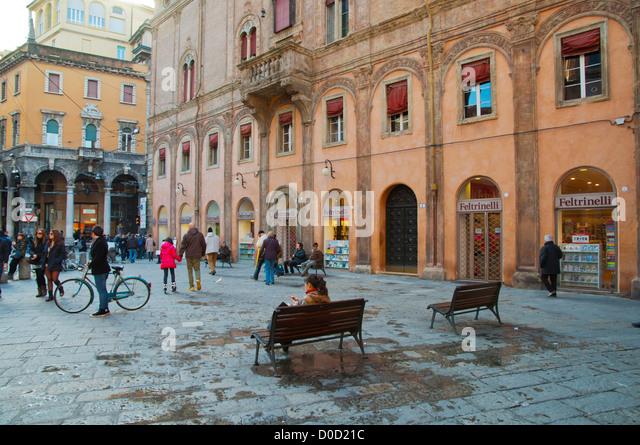Piazza di porta ravegnana square central bologna city - Piazza di porta saragozza bologna ...