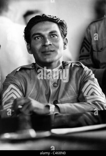 batista fulgencio Fulgencio batista ruled cuba, sometimes formally and sometimes by proxy, for most of the 25 years before fidel castro's rise to power at the end of 1958 during that time, he subverted the.