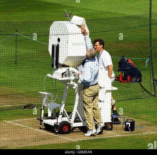 bola cricket bowling machine usa