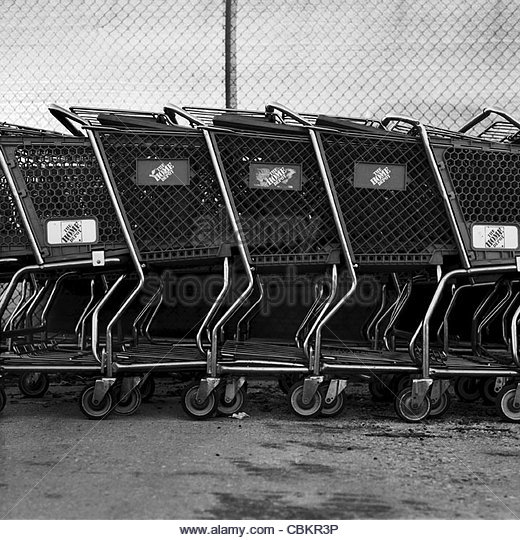 Supermarket Line Baskets Stock Photos & Supermarket Line