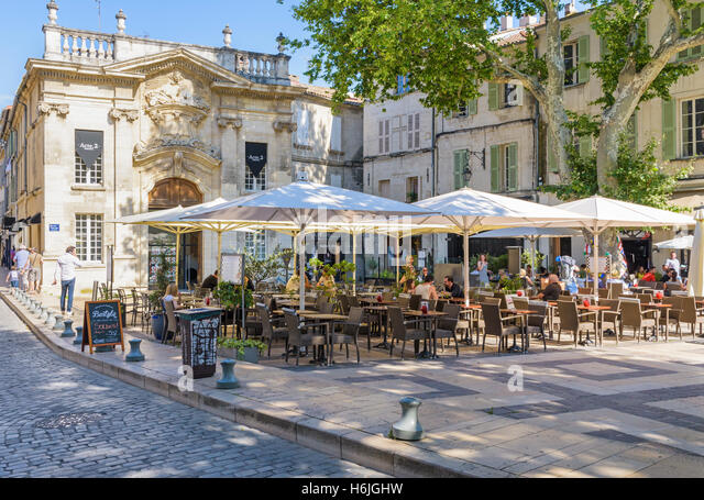 place crillon avignon stock photos place crillon avignon stock images alamy. Black Bedroom Furniture Sets. Home Design Ideas