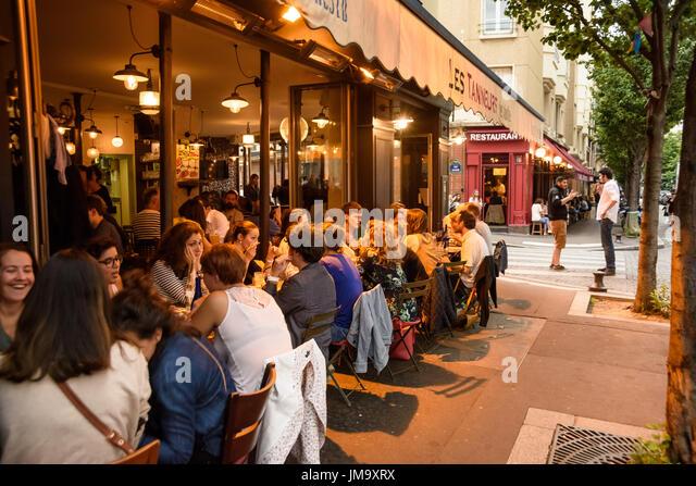 Belebt stock photos belebt stock images alamy - Restaurant buttes aux cailles ...